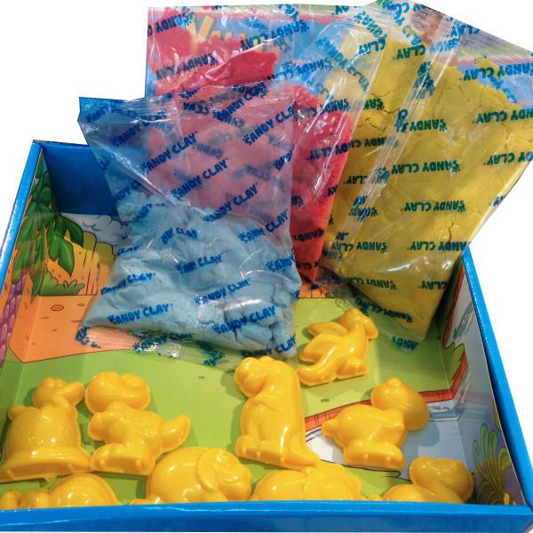 scatola Jurassic aperta